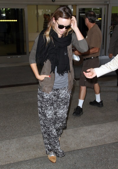 Olivia Wilde jets into LAX