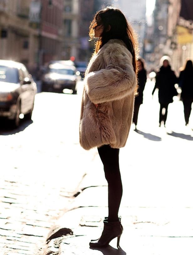 street-style-of-fur-trend