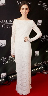 081613-Lily-Collins-350