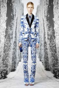 Roberto Cavalli Resort 2013 17th century baroque porcelain 1