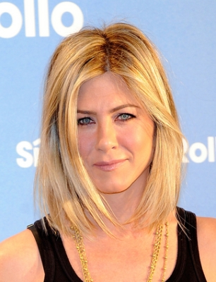 Jennifer Aniston and Adam Sandler Attend 'Just go with it' Photocall