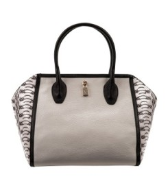 Furla-Olympia-Medium-Shopper-31