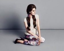 Lana-del-Rey-Wear-Style-for-HM-Fall-5